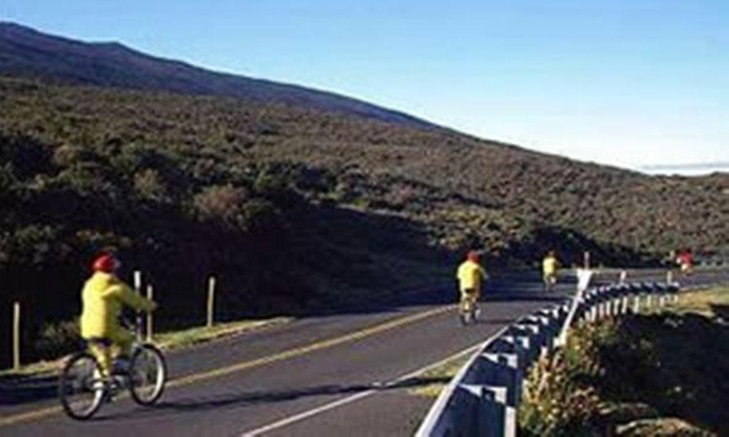 Maui Bike Tour Mountain Bike Riders Activities In Maui